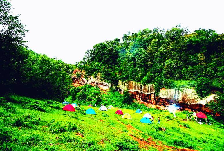 LNT户外露营活动@丹霞瀑布-喷水崖